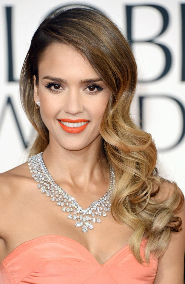 Jessica Alba hair makeup jewelry 2013 Golden Globes