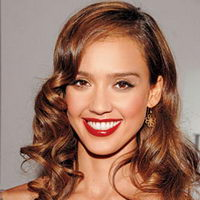 Jessica Alba red lips