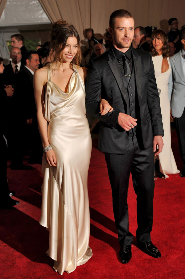 Jessica Biel Ralph Lauren dress Met Gala 2010 1