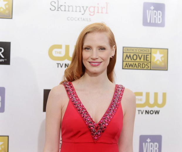 Jessica Chastain hair makeup Critics Choice Awards 2013