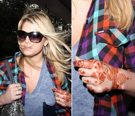 Jessica Simpson's Good Luck Henna Tattoo