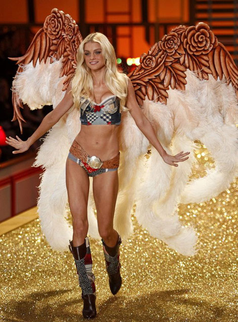 Jessica Stam Victoria s Secret Fashion Show 2010