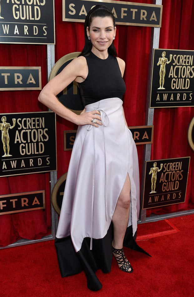 Julianna Margulies black and white dress 2013 SAG Awards