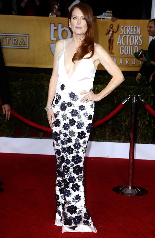 Julianne Moore Chanel White Dress 2013 SAG Awards Winner