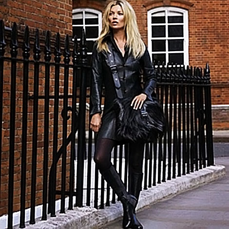 Kate Moss Longchamp fw 2011 2012 ad campaign messenger bag