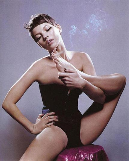 Kate Moss, A Bad Smoking Case!
