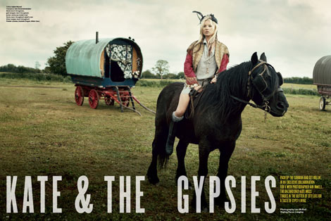 Kate Moss he Gypsies V 61 horse