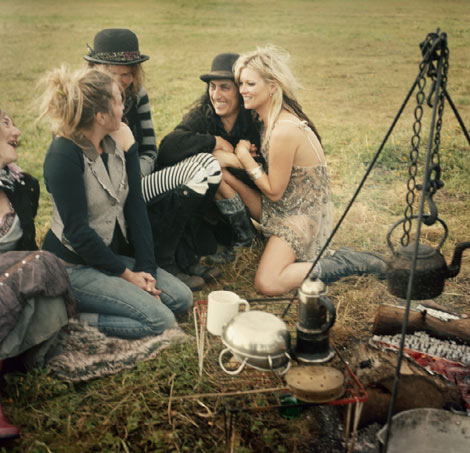Kate Moss he Gypsies V 61 meal
