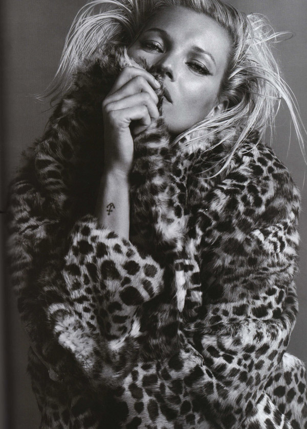 Kate Moss Vogue Paris October 2009 2