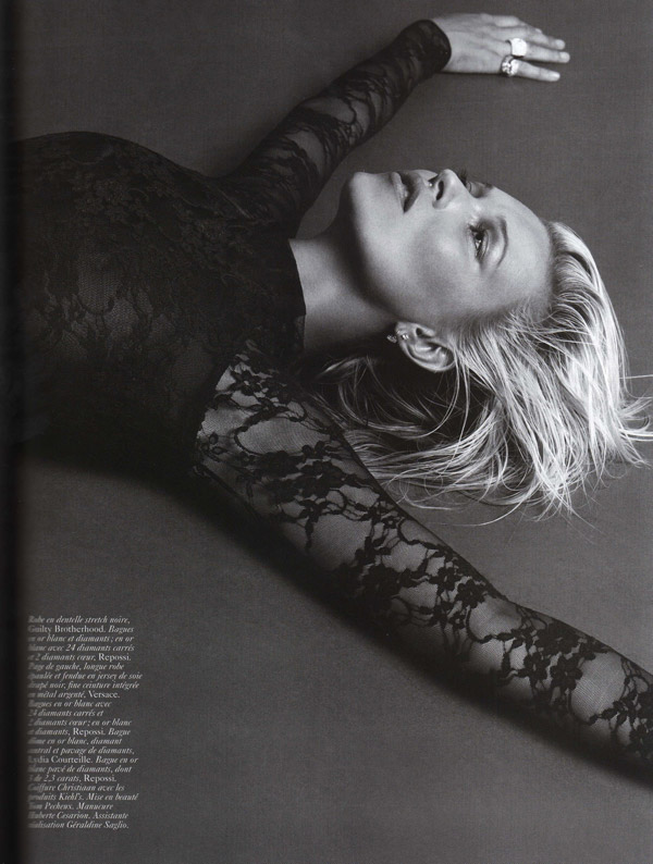 Kate Moss Vogue Paris October 2009 4