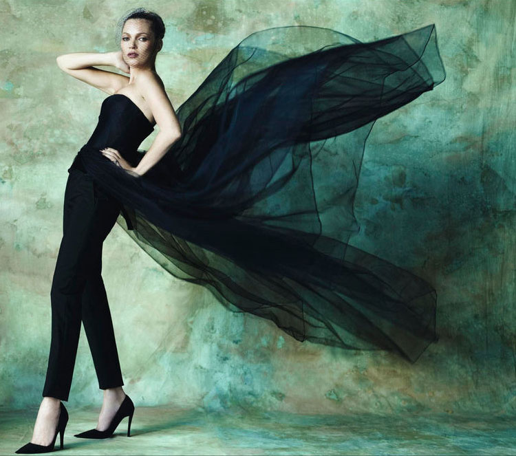Kate Moss Vogue Spain beautiful pictorial