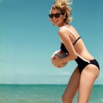 Kate Upton Vogue beach photo