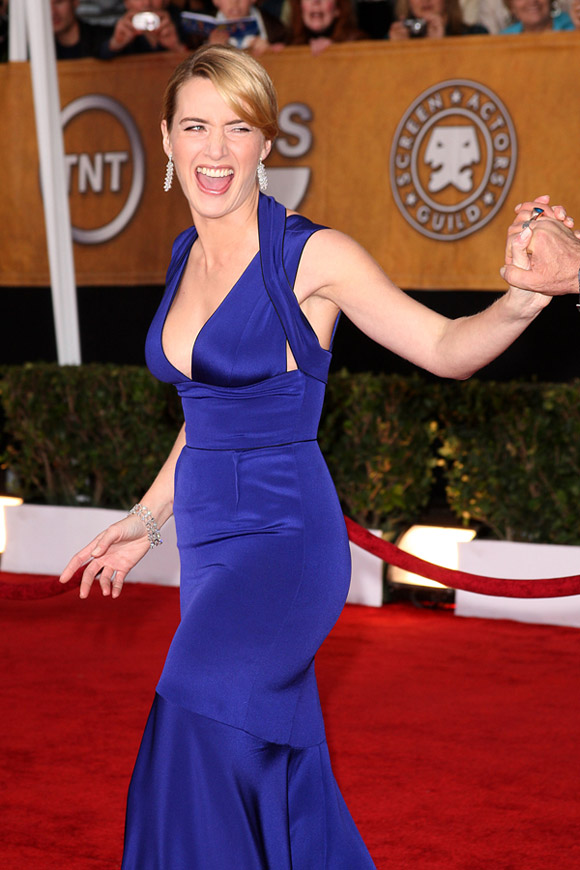 Kate Winslet blue Narciso Rodriguez dress 2009 SAG Awards winner 4
