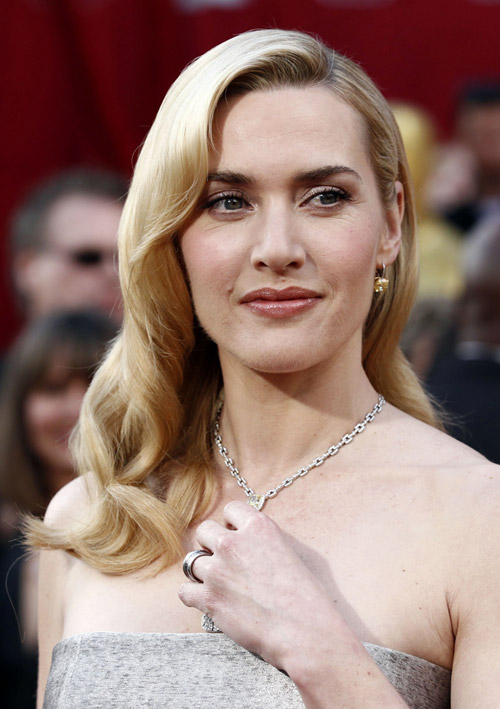 Kate Winslet Yves Saint Laurent Silver dress 2010 Oscars 1