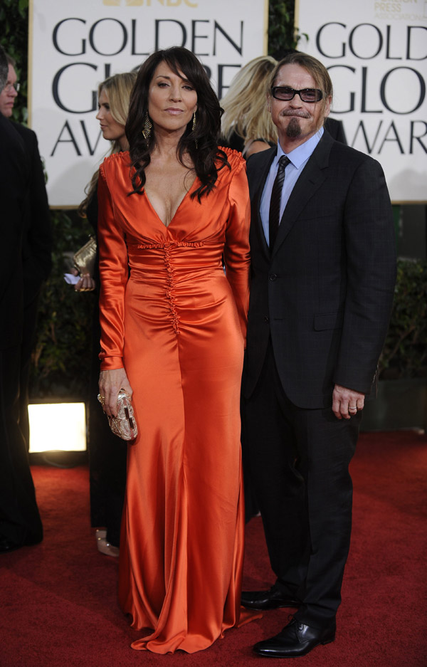 Katey Sagal's Orange Dress For Golden Globes 2011
