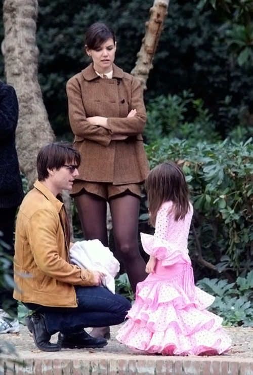 Katie Suri Tom Cruise in the park
