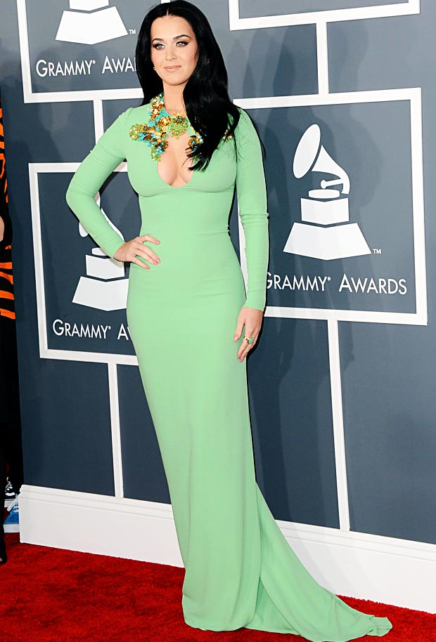Katy Perry 2013 Grammy Awards green dress fail