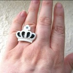 Kawaii floating rings SouZou Creations crown