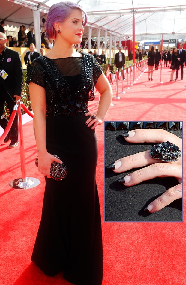 Kelly Osbourne black dress special nails 2013 SAG Awards