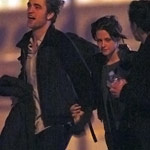 Kristen Stewart Robert Pattinson holding hands