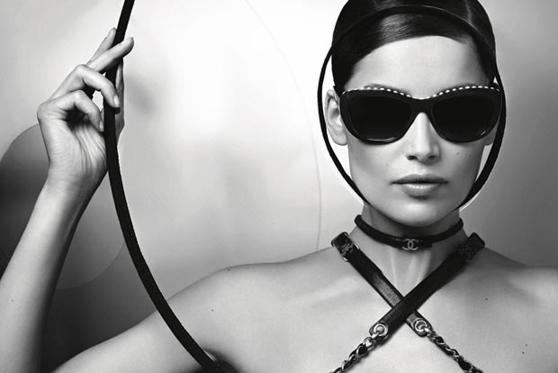 Laetitia Casta&#8217;s Glasses: Chanel New Ad Campaign