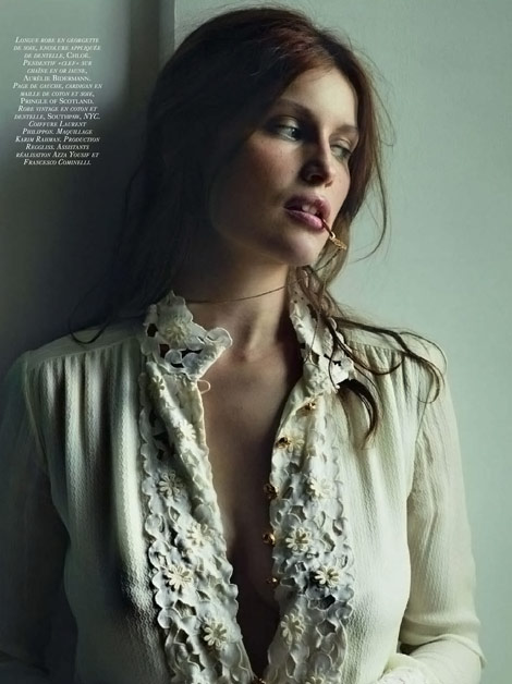 Laetitia Casta Vogue Paris december 09 10