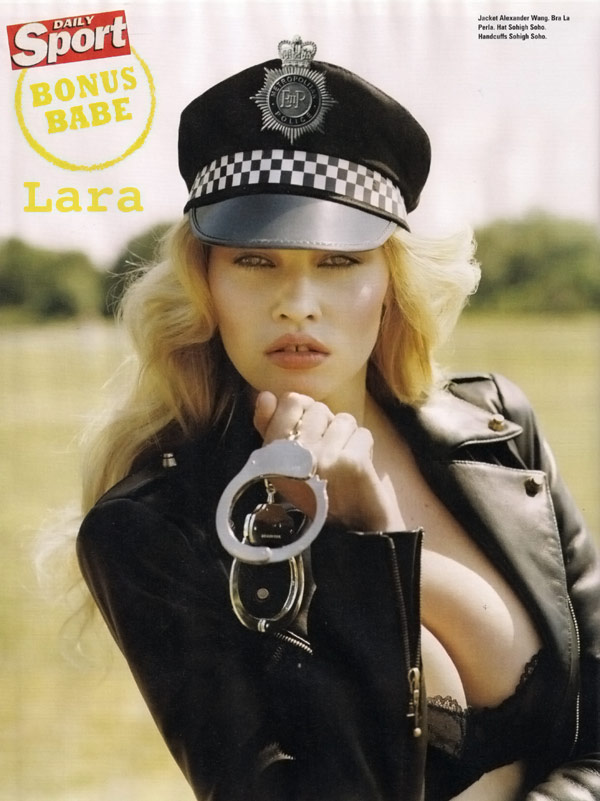 Lara Stone iD Magazine Winter 2009 2