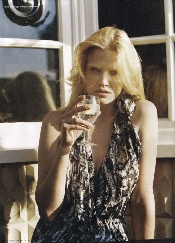 Lara Stone iD Magazine Winter 2009 4