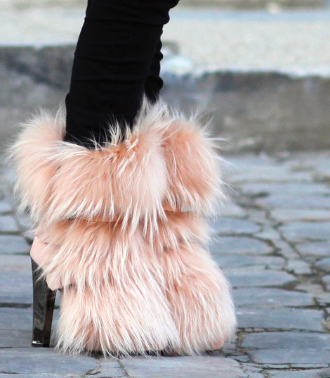 latest trends furry boots