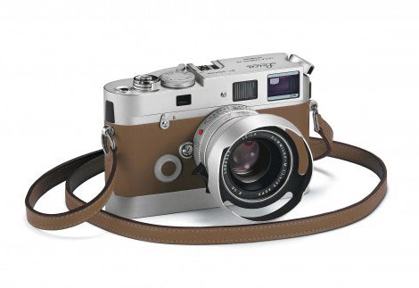 Leica Hermes M7 camera light brown