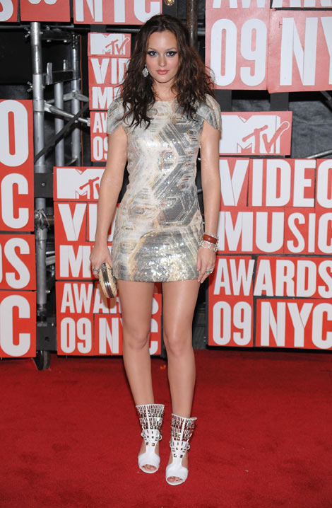 Leighton Meester makeup VMA 2009 sequined dress