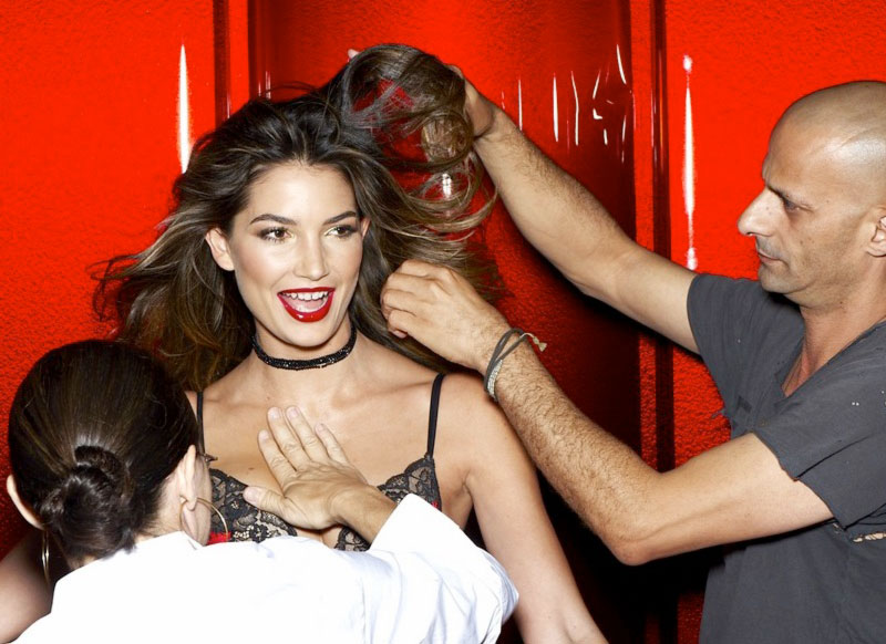 Lily Aldridge Victoria s Secret Holiday 2011 hair makeup