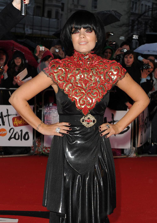 Lily Allen Chanel black dress Brits 2010 1