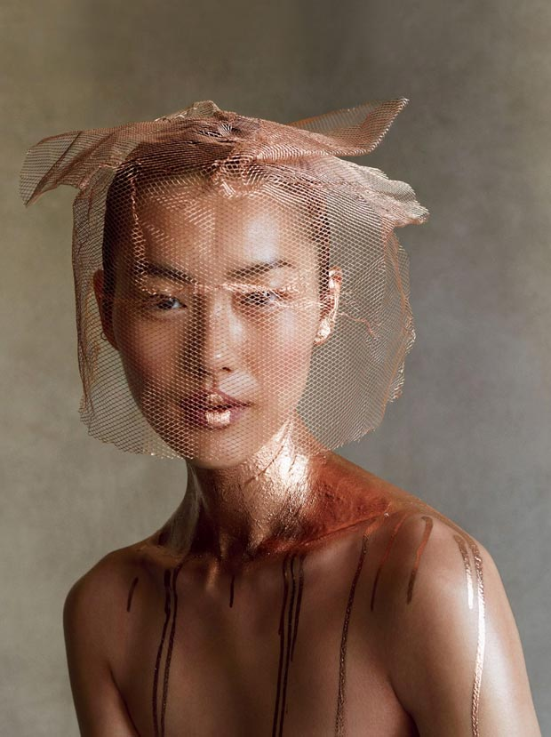 Liu Wen golden Vogue image