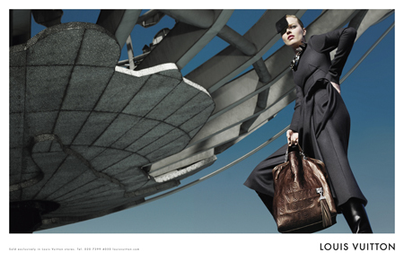 Louis Vuitton Fall Winter 2008 2009 Ad Campaign With Eva Herzigova