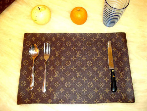 Louis Vuitton table monogram