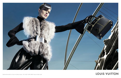 LV Fall winter 2008 2009 Ad Campaign With Eva Herzigova