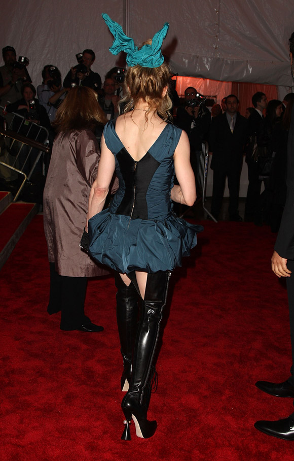 madonna louis vuitton met gala 2009 2