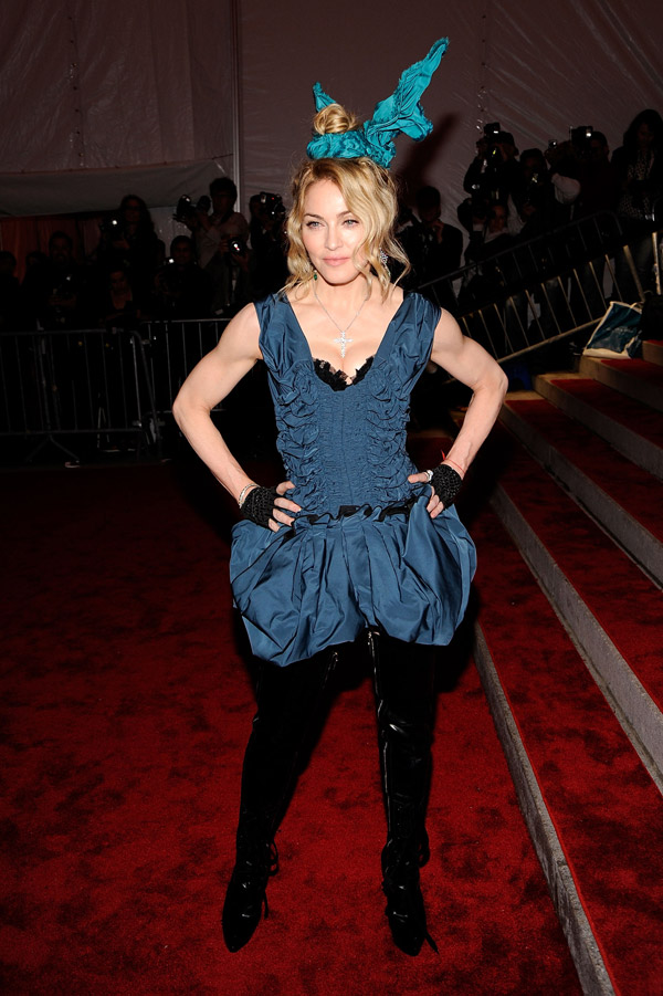 madonna louis vuitton met gala 2009 3
