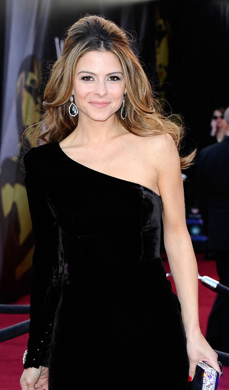 Maria Menounos In Black Johanna Johnson Dress For 2011 Oscars