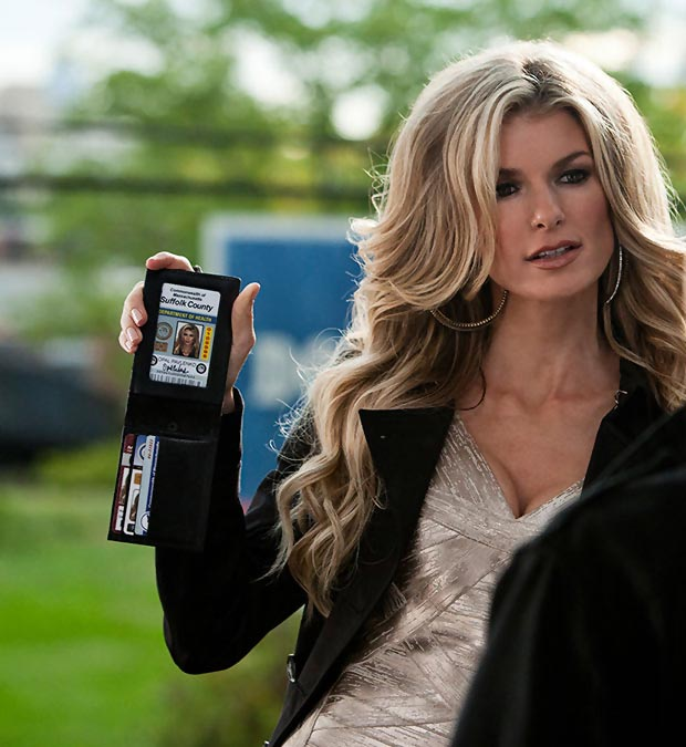 Marisa Miller perfect blowout in RIPD