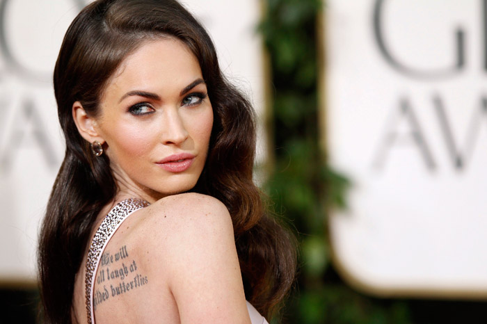 Megan Fox Armani Prive dress Golden Globes 2011 detail 1