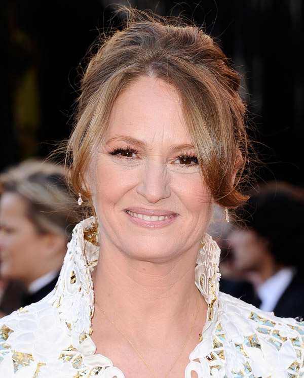 Melissa Leo lace Marc Bouwer dress 2011 Oscars 3
