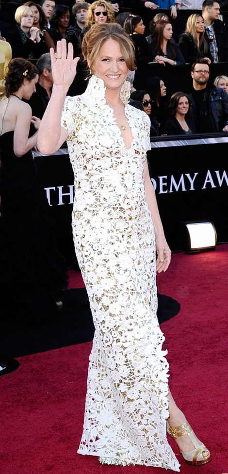 Melissa Leo's Beige And Gold Lace Marc Bouwer Dress For 2011 Oscars