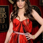 Mila Kunis red Alexander McQueen dress 2011 SAG Awards 4
