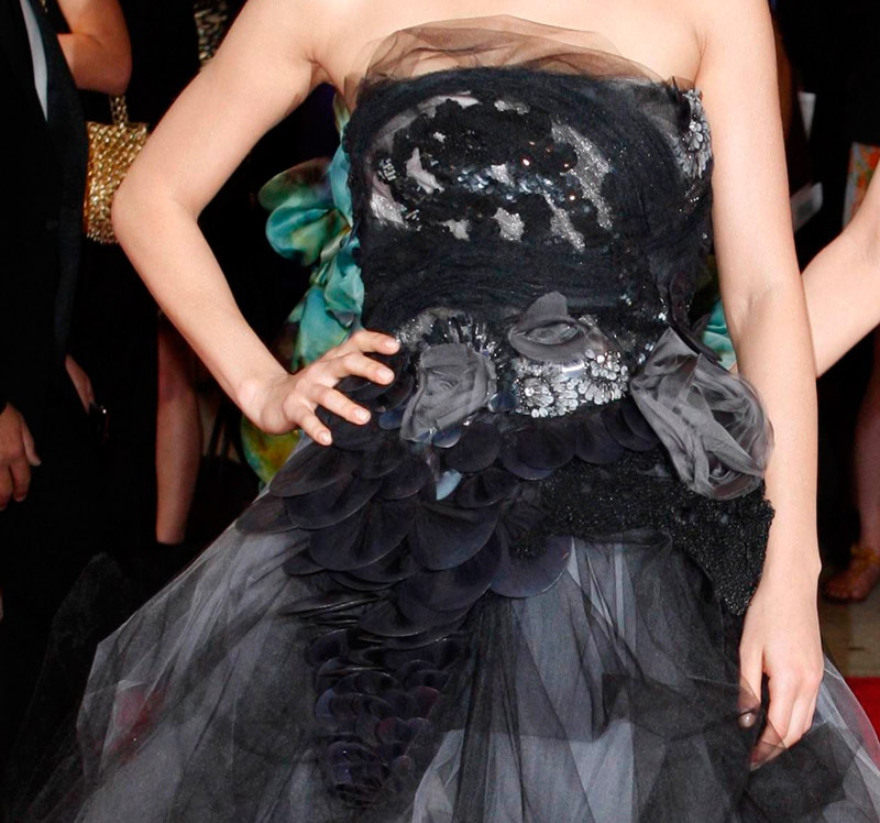 Mila Kunis Vera Wang dress Met Gala 2010 2
