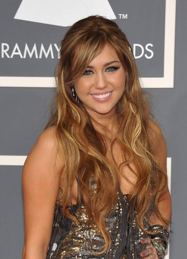 Miley Cyrus Animal print Roberto Cavalli dress Lorraine Schwartz jewelry 2011 Grammy Awards 2