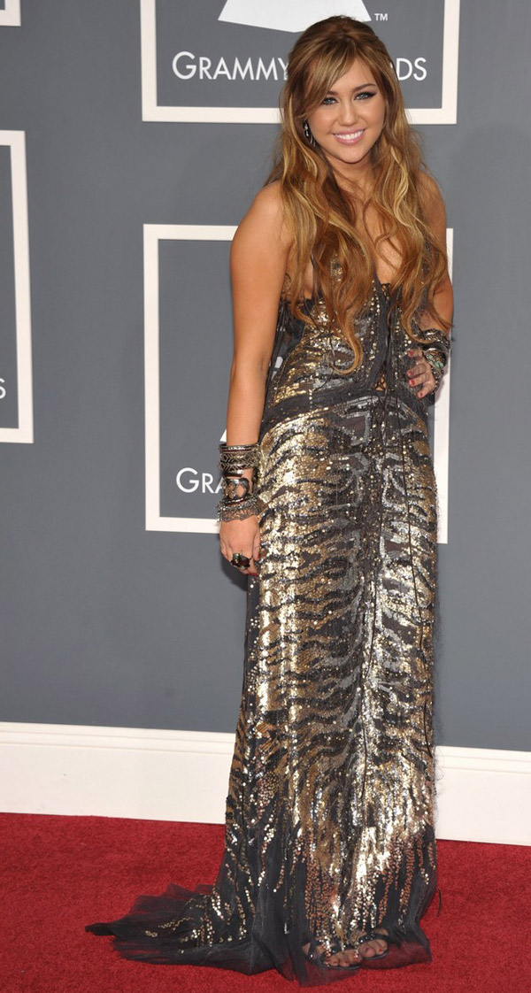 Miley Cyrus Animal print Roberto Cavalli dress Lorraine Schwartz jewelry 2011 Grammy Awards 3