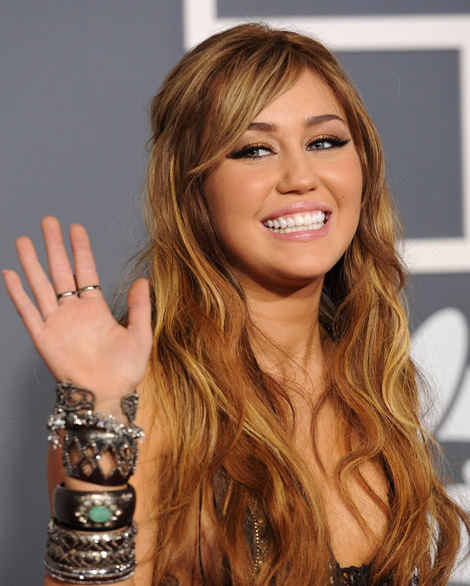 Miley Cyrus Animal print Roberto Cavalli dress Lorraine Schwartz jewelry 2011 Grammy Awards