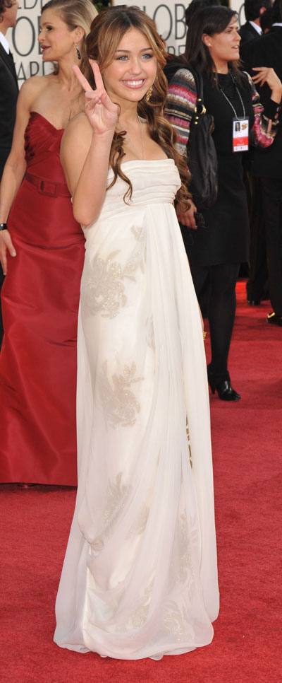Miley Cyrus And Her Marchesa Dress For Golden Globe Awards 2009